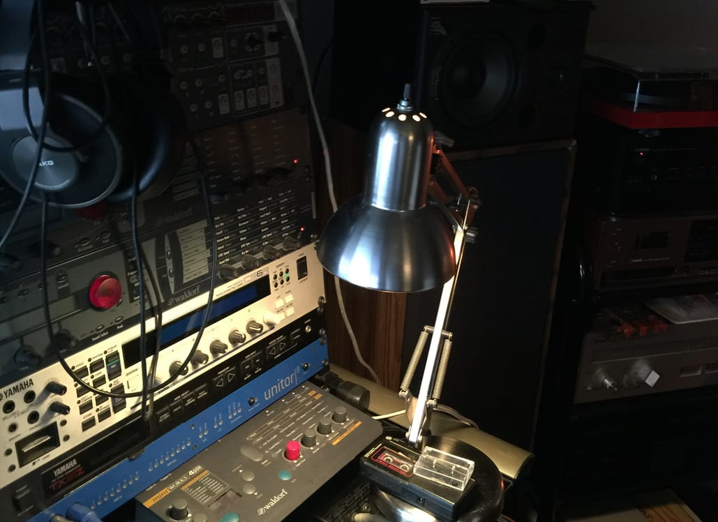 studio-lamp
