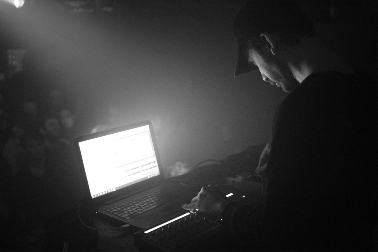 Jay-Glass-Dubs-Laptop